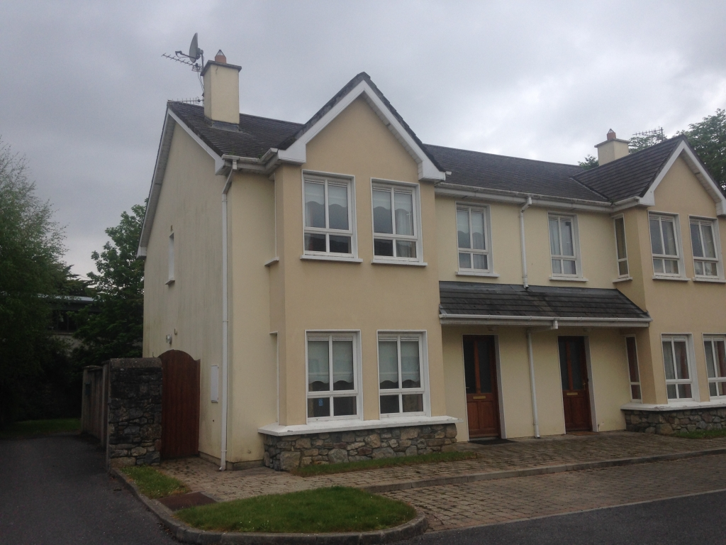 11 Woodview Moyderwell Tralee CO Kerry